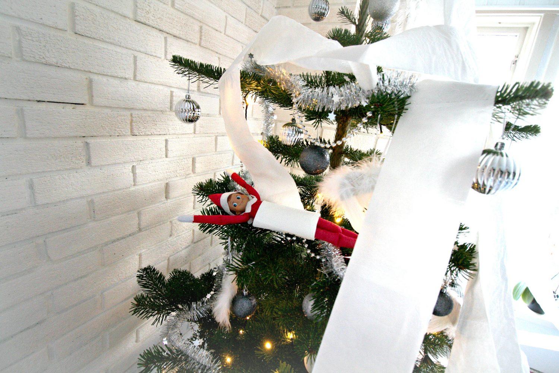 Rampenissen har pyntet juletreet!